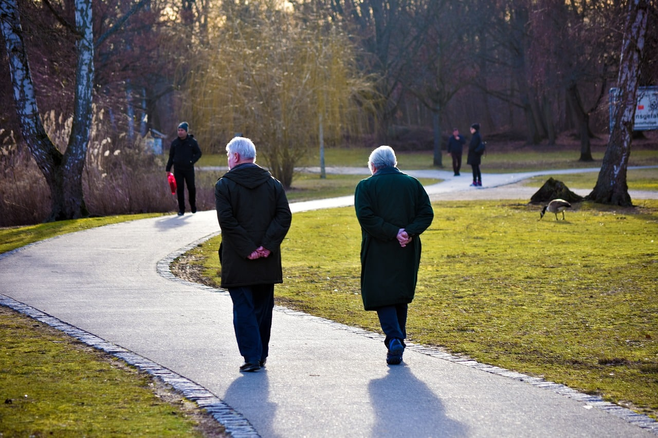 Téléassistance pour personne âgée comment ça fonctionne et quel service choisir ?