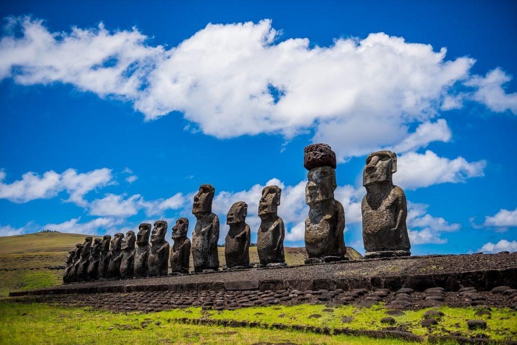 Moai de l'ile de Paques