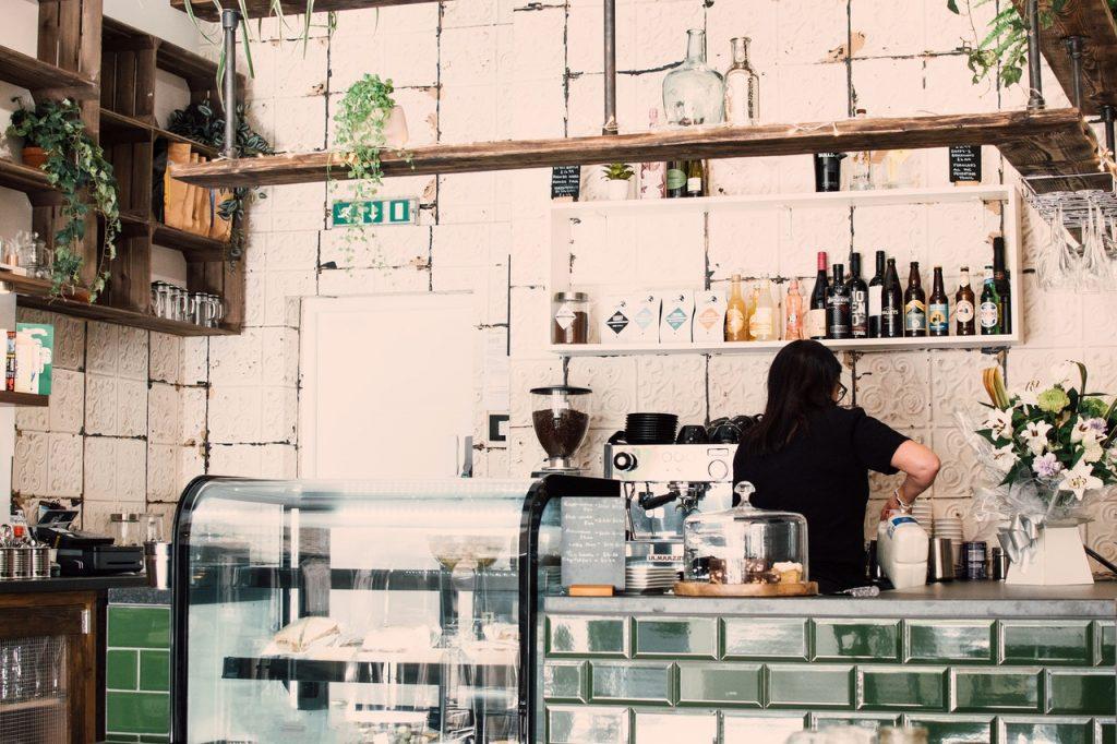 Le bar du café